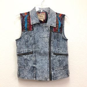 Billy By Flying Tomato Acid Wash Boho Denim Vest